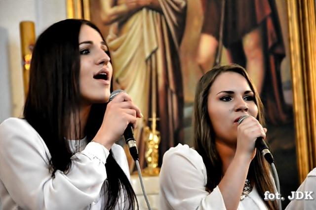 Ola i Weronika nagrodzone w Tyczynie