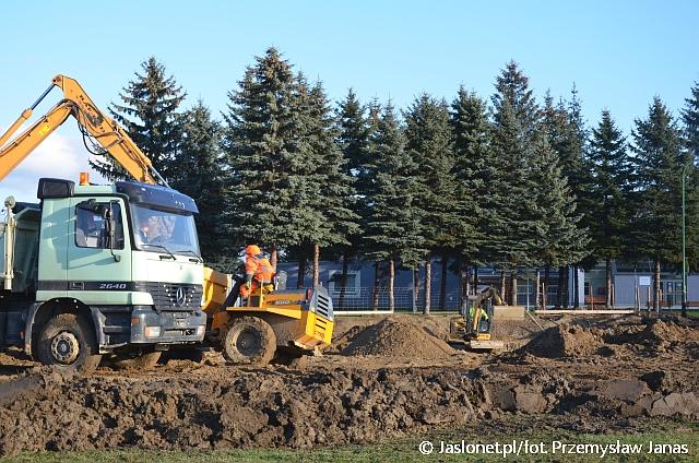 Budowa Podkarpackiego Centrum Sztuk Walki w Jaśle (fot. Przemysław Janas, Jaslonet.pl)