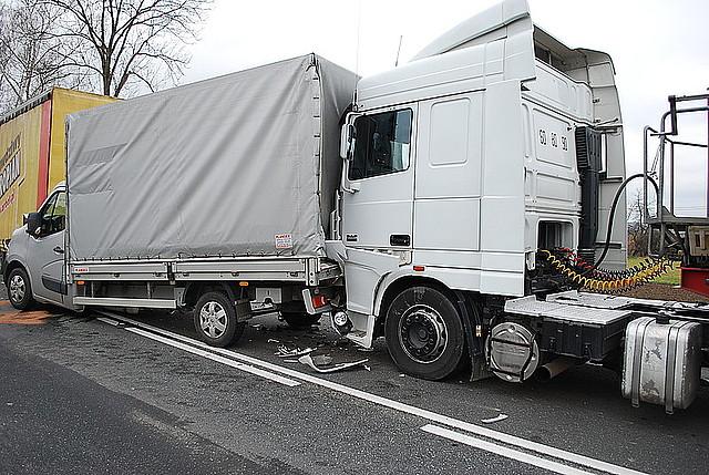 W Kołaczycach zderzyły się cztery samochody