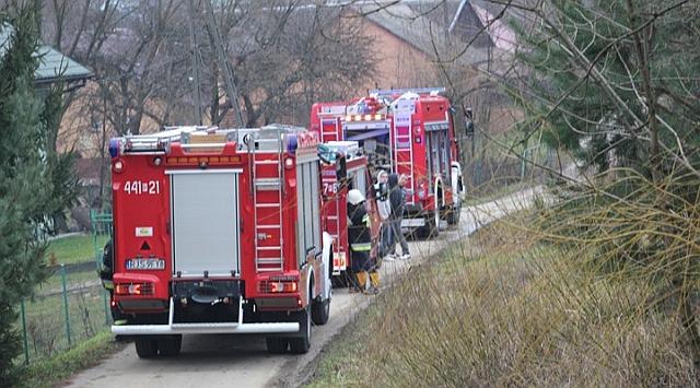 Kąty: pożar sadzy. Dzięki szybkiej reakcji mieszkańców nikt nie ucierpiał (fot. Kamil Cygan, lysagora.info)