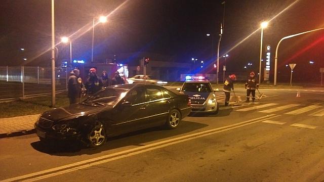 Wymuszenie pierwszeństwa przyczyną kolizji na ulicy Piłsudskiego (fot. Jaslonet.pl)