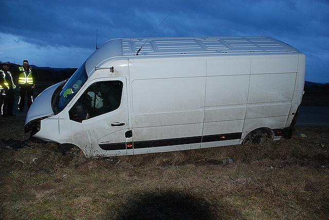 Wypadek w Brzyskach - ranny kierowca busa