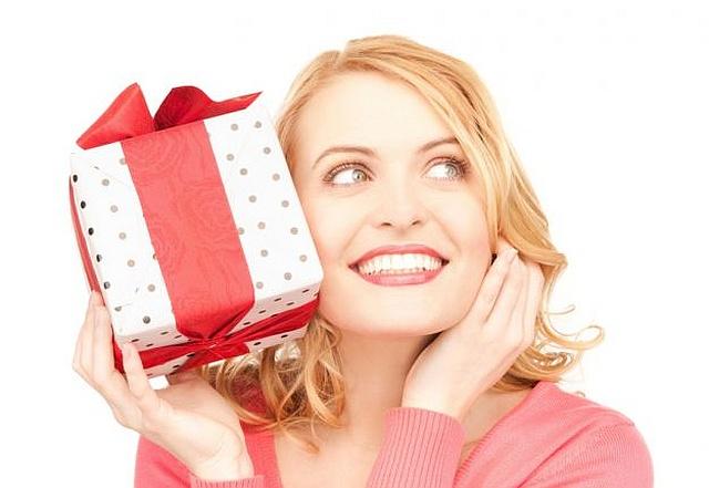 Dzień Kobiet: Jaki prezent i ile kosztuje?