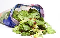 Czy sałaty w torebkach foliowych są groźne dla zdrowia?