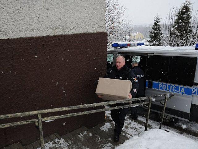 """""""Szlachetna Paczka"""" od jasielskich policjantów"""